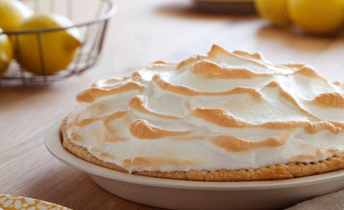 проверенный рецепт пирога из вишни с безе