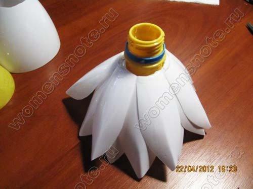 Лотос из пластиковых бутылок своими руками мастер класс