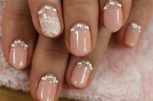 Гелевые ногти 2013: http://womensnote.ru/moda/gelevye-nogti-2013.html